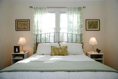Đầu giường có cửa sổ thường khiến tinh thần mệt mỏi