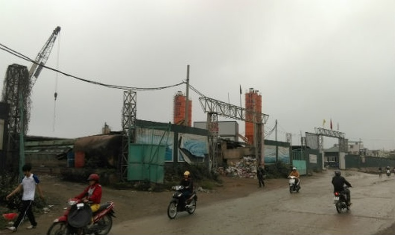 Trạm trộn bê tông hoạt động chỉ bằng công văn của UBND huyện